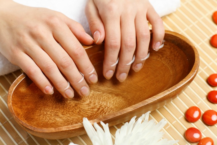 Clean under your nails to remove the onion smell from your hands.