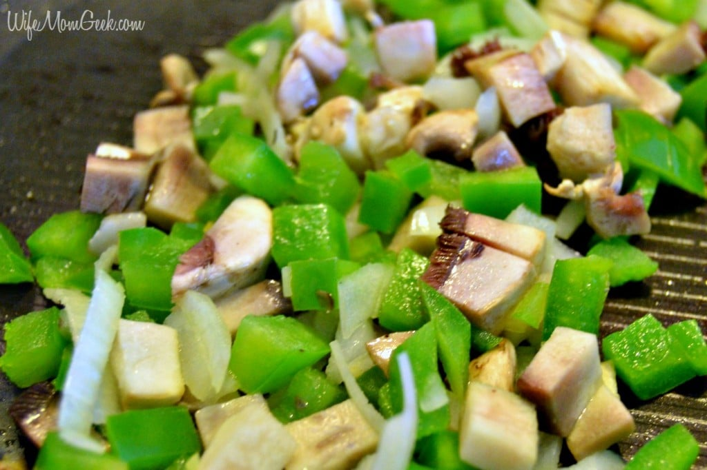 Veggies for Pizza Omelet