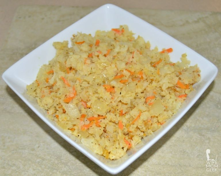 riced cauliflower with carrots and onions low carb