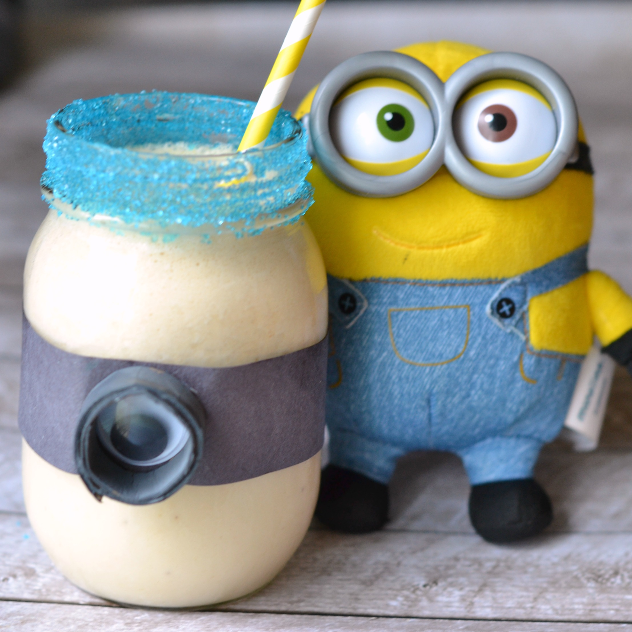 Minion Smoothie (a.k.a. Banana Peanut Butter Smoothie)