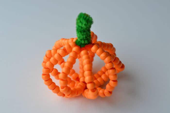 beaded pumpkin craft 8