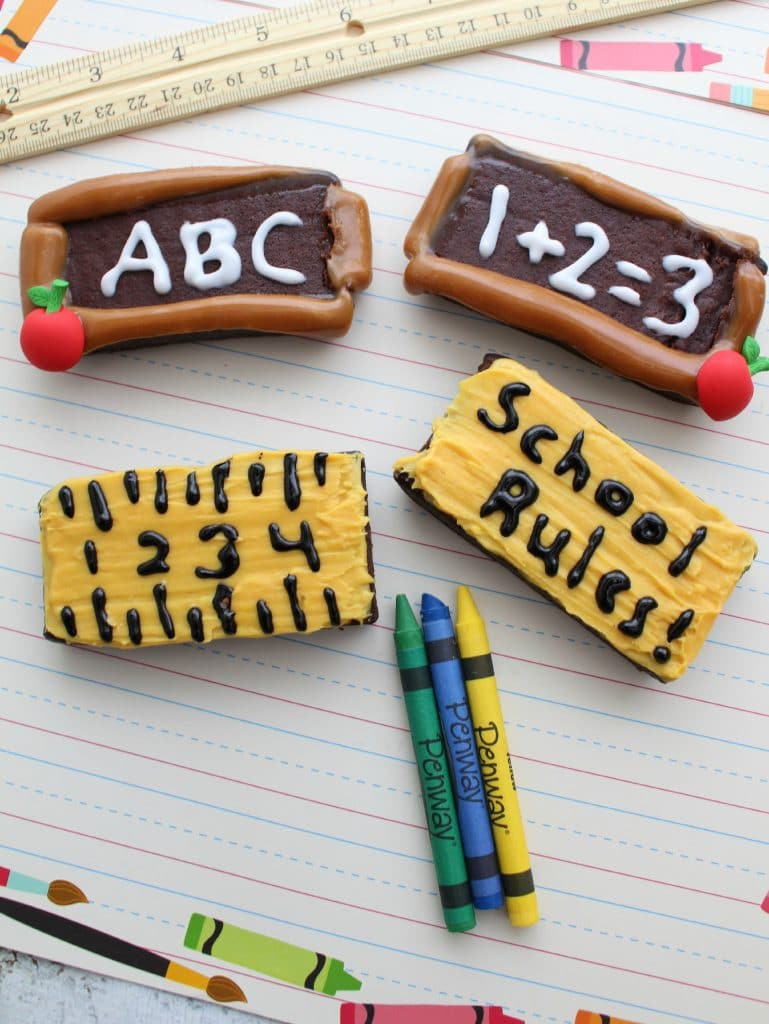 Back to School Brownies - Fun lunchbox treat for the kids!