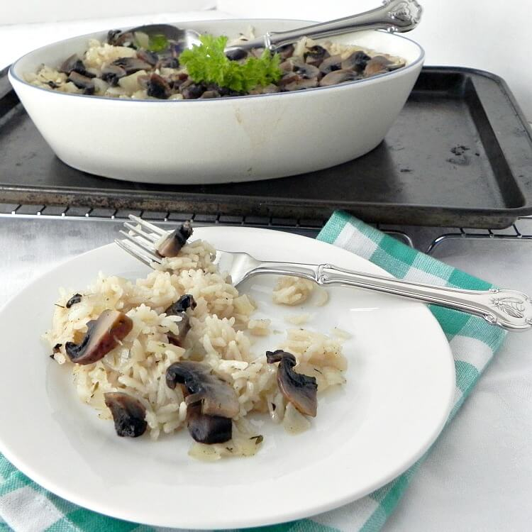 Easy Baked Rice with Mushrooms - the perfect side dish