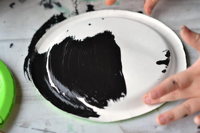 painting paper plate
