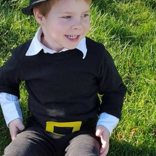 Easy DIY Pilgrim Costume