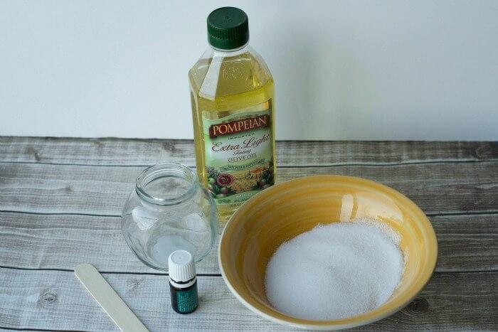 ingredients for peppermint sugar scrub