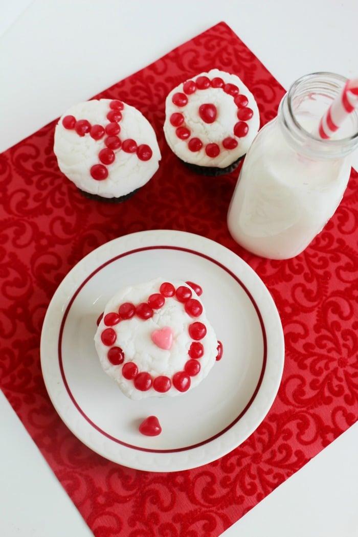 XO Valentine Cupcakes