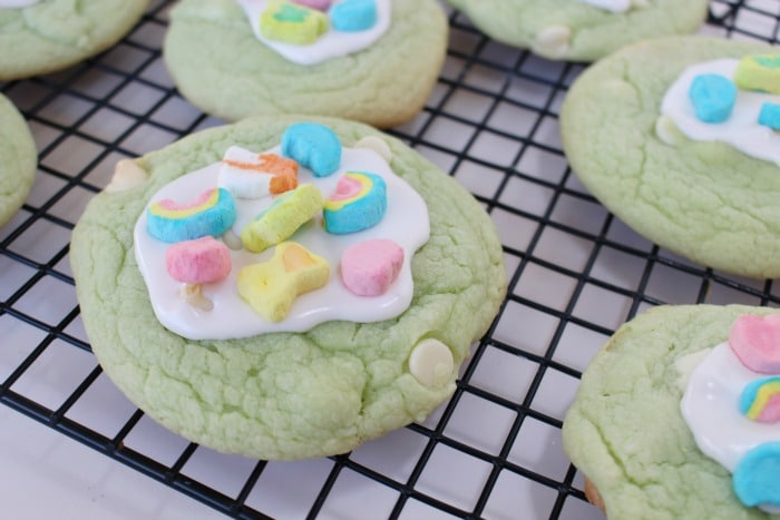 Easy Lucky Charms Cookies for St. Patrick's Day
