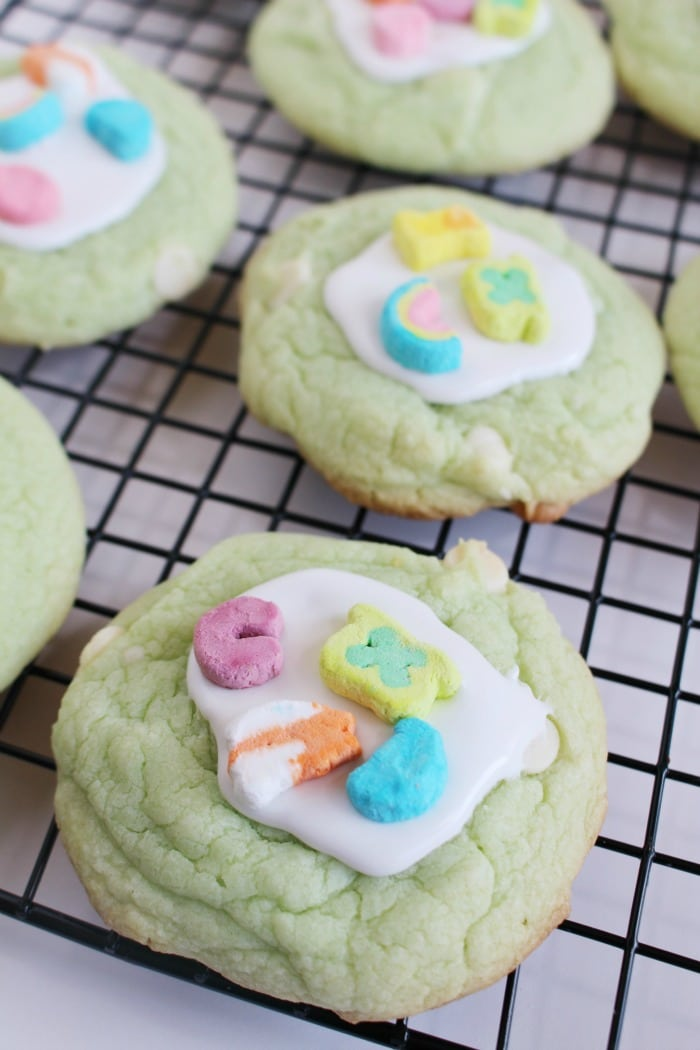 Delicious Lucky Charms Cookies to Bake for St. Patrick's Day