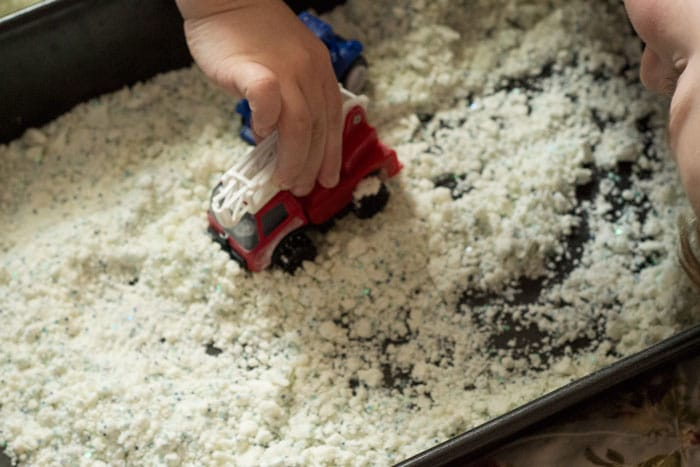 sensory snow dough made with cornstarch