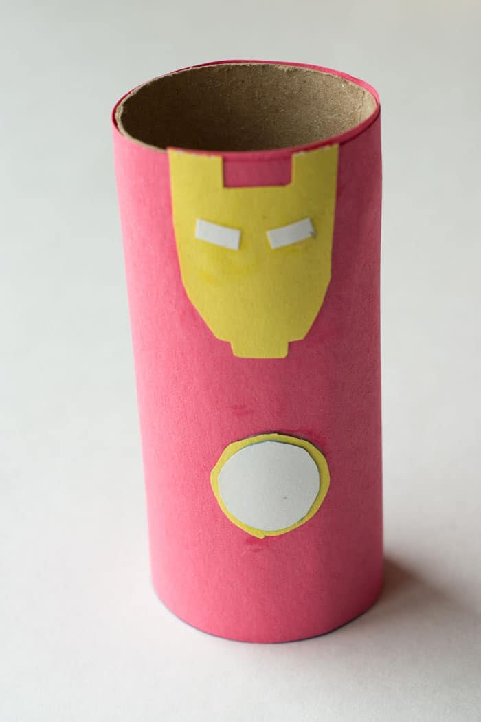 iron-man-cardboard-tube-craft-4