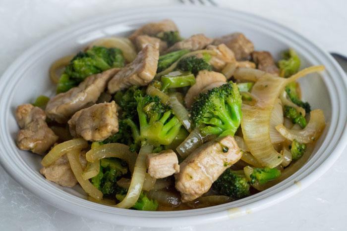 30 Minute Meal: Pork & Broccoli Stir Fry