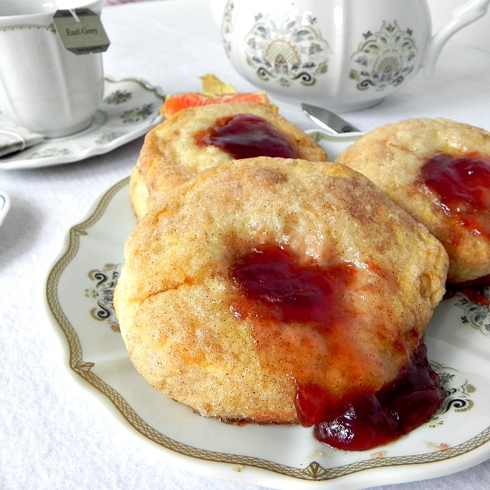Cinnamon Fruit Biscuits - an easy and quick breakfast