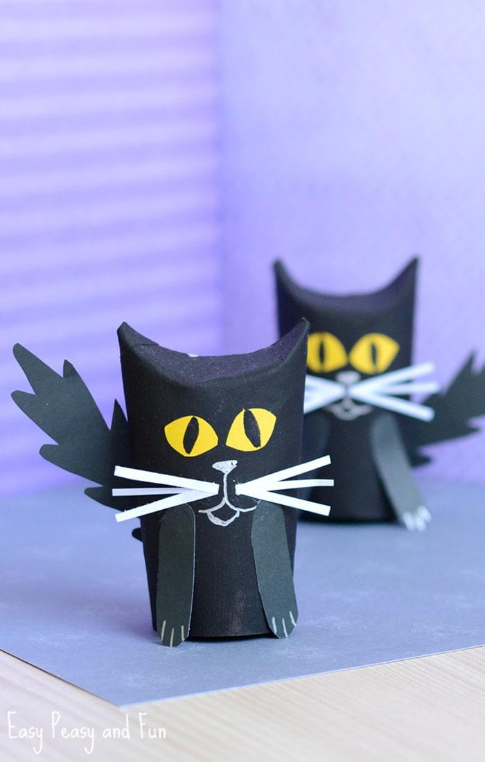 paper-roll-black-cat