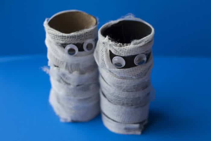 toilet roll mummies - Halloween Mummy Crafts