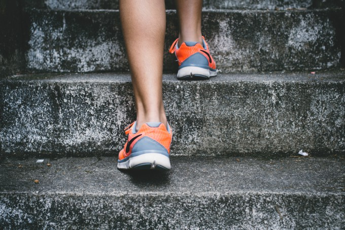 exercise to curb hunger on low carb diet