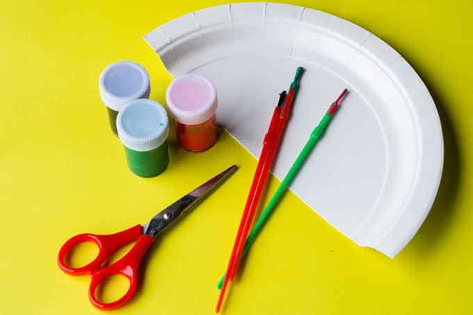 materials for paper plate watermelon craft
