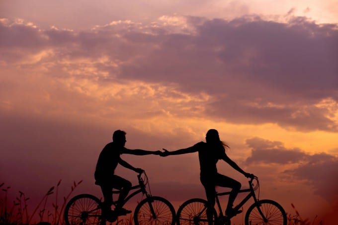 Spring Date Ideas - go on a bike ride together!