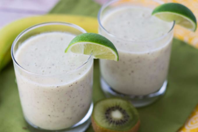 Fresh & Fruity Kiwi Lime Banana Smoothie