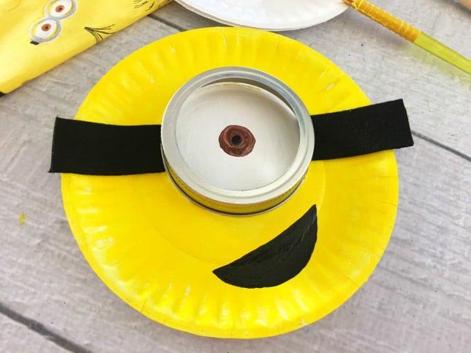 Minion Paper Plate Craft Step 5