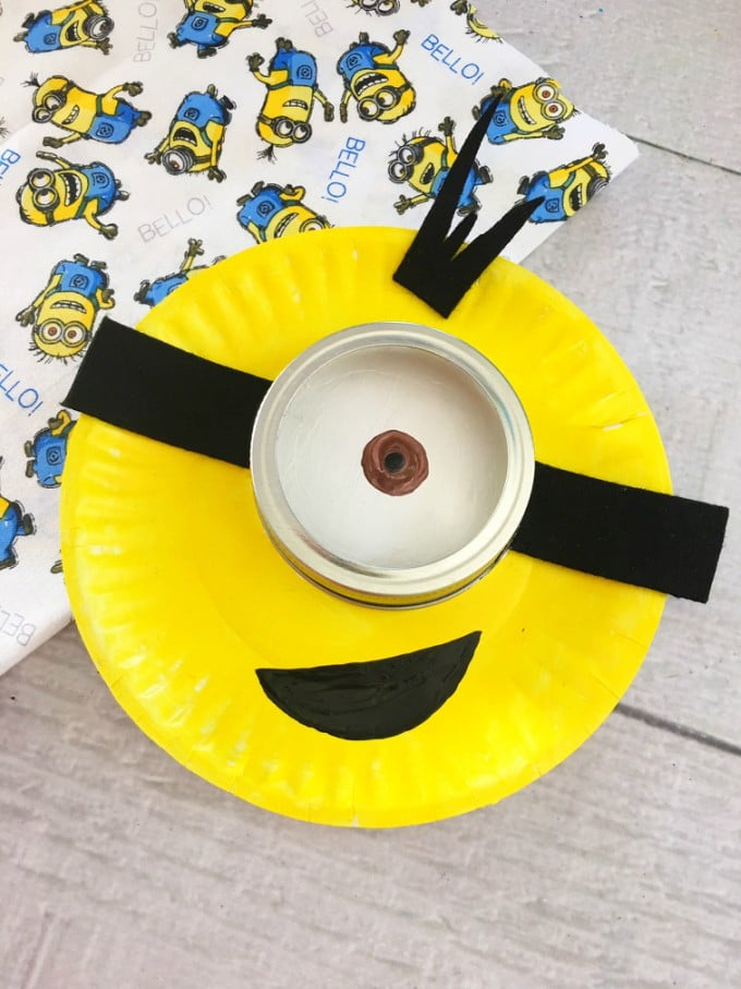 Minion Paper Plate Craft on Letter M Crafts Preschoolers