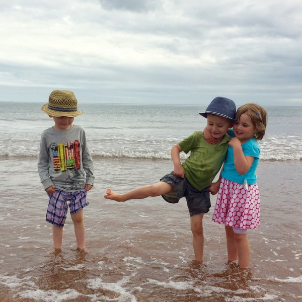 4 Easy Tips to Establish a Summer Routine with Kids