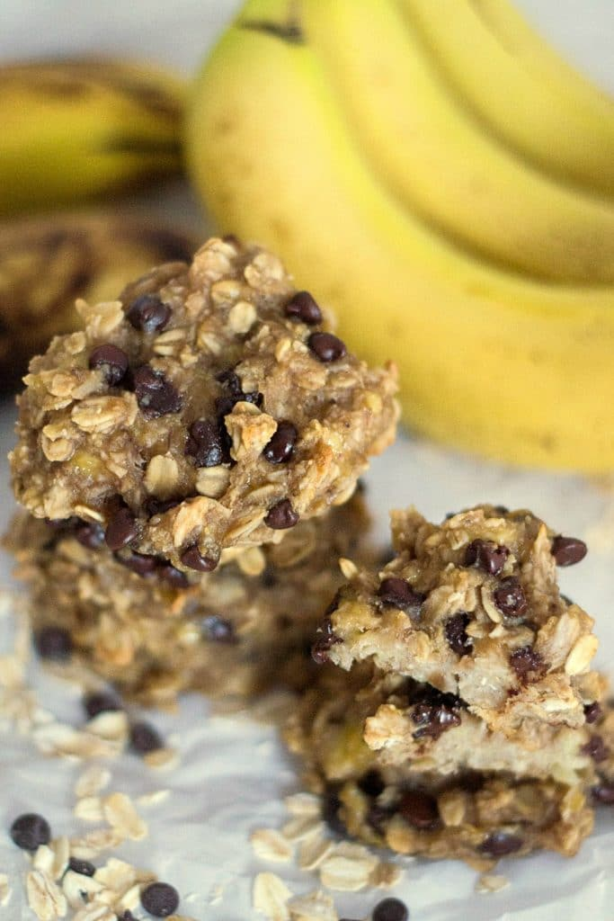 Easy Banana Cookies with Peanut Butter and Chocolate Chips