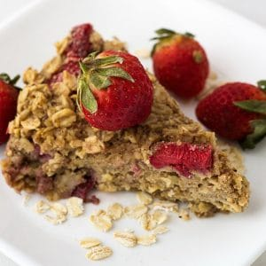 baked strawberry oatmeal easy breakfast
