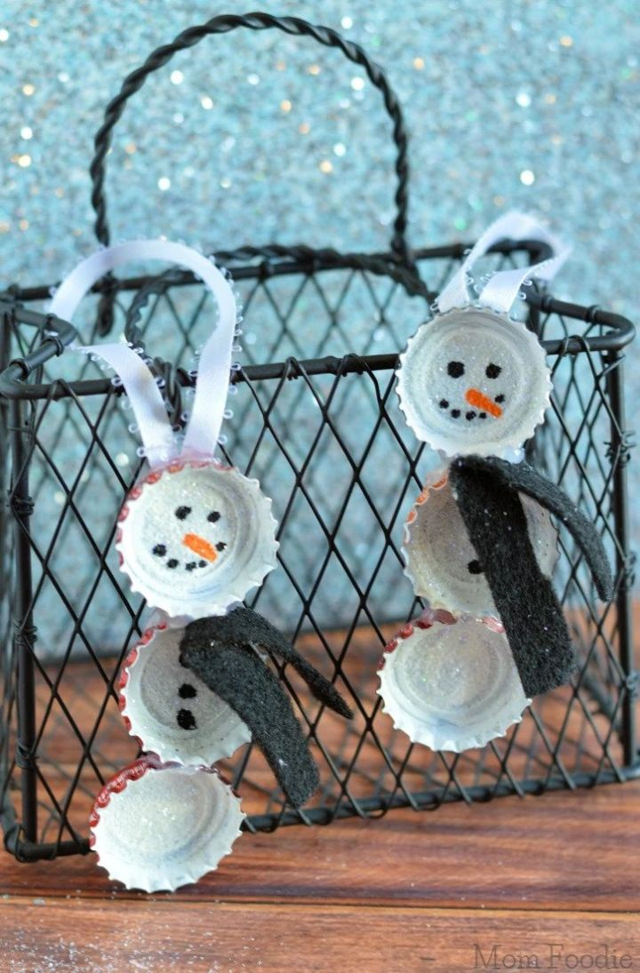 33 Adorable Snowman Crafts For Kids And Grownups To Make