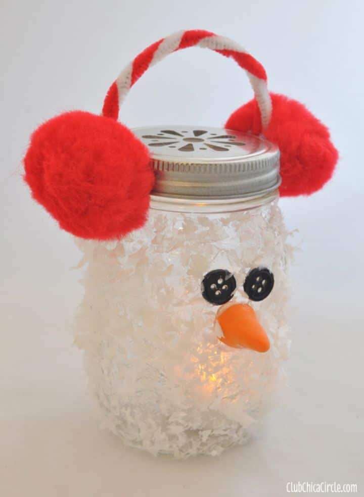 mason jar luminary with snowman face