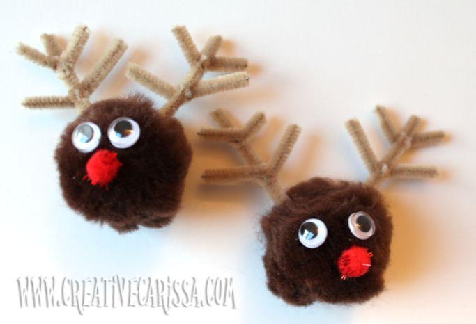 reindeer pom pom magnet