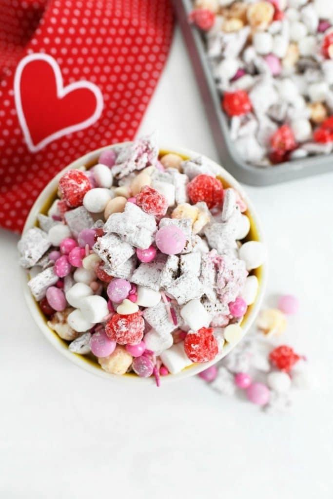 cupid crunch - valentine's day muddy buddies