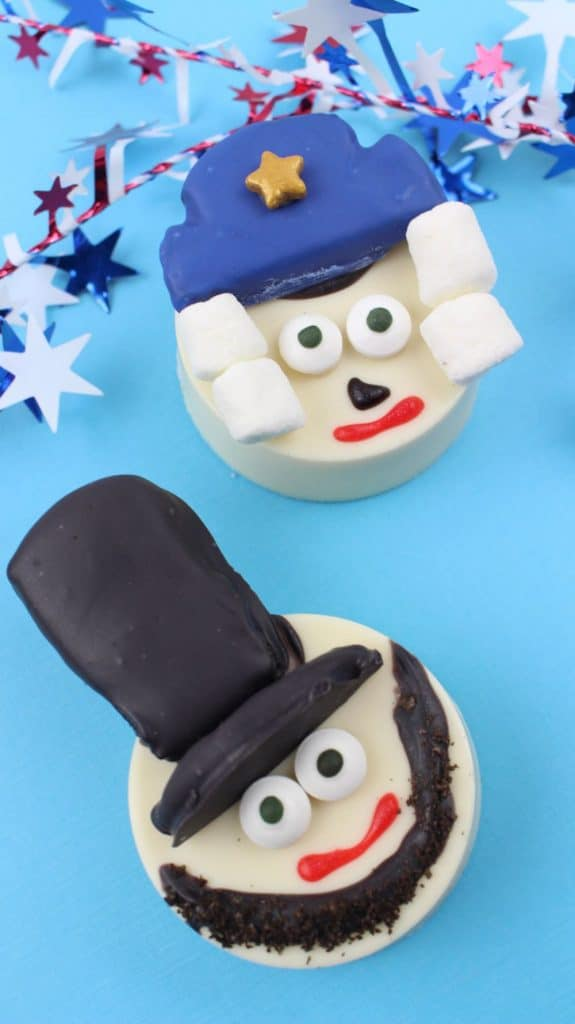George Washington and Abraham Lincoln Oreos on a blue patriotic background