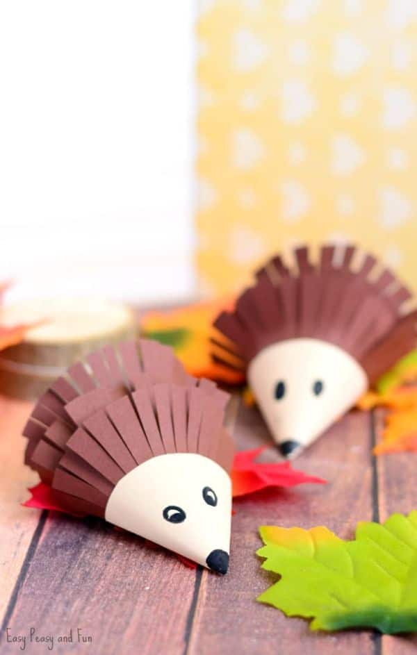 paper hedgehog craft by easy peasy and fun