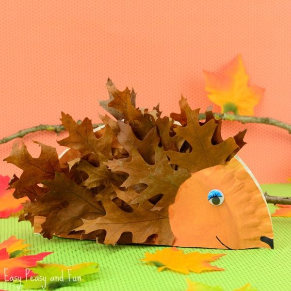 paper plate hedgehog by easy peasy and fun