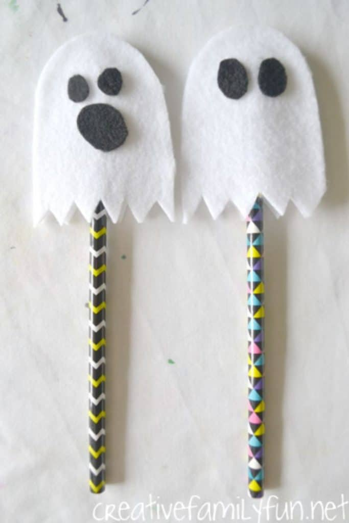 felt ghost no-sew pencil toppers