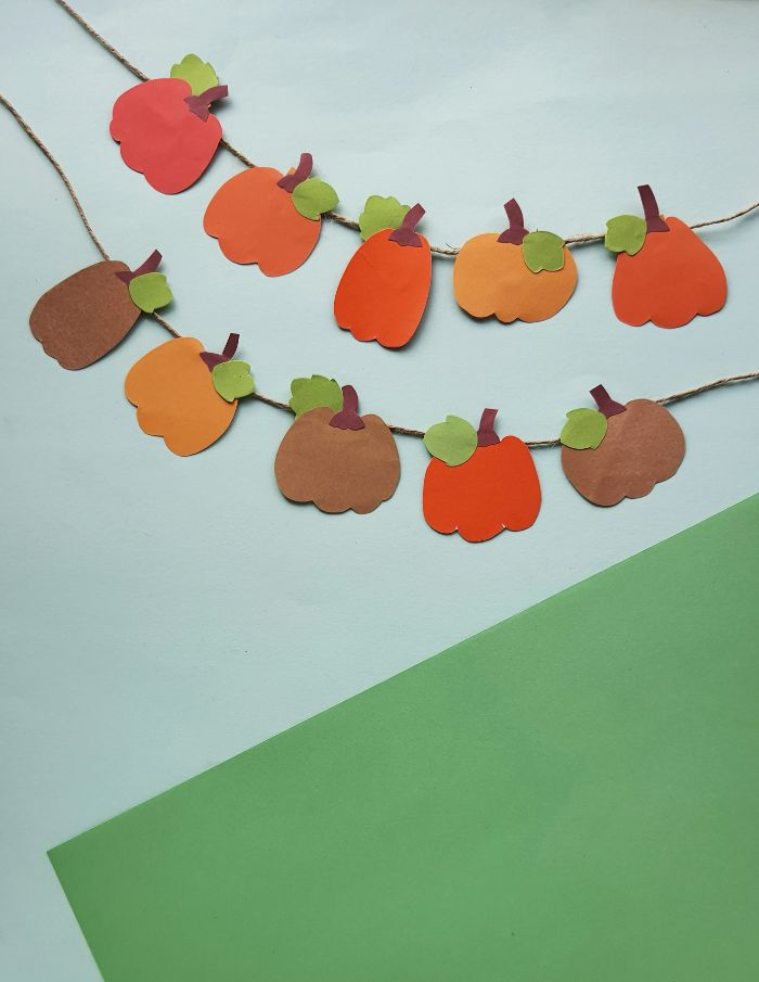 pumpkin banner to hang in your home this fall