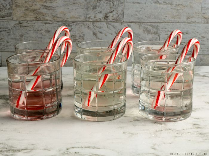 experiment for dissolving candy canes