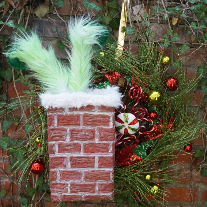 grinch wreath tutorial square