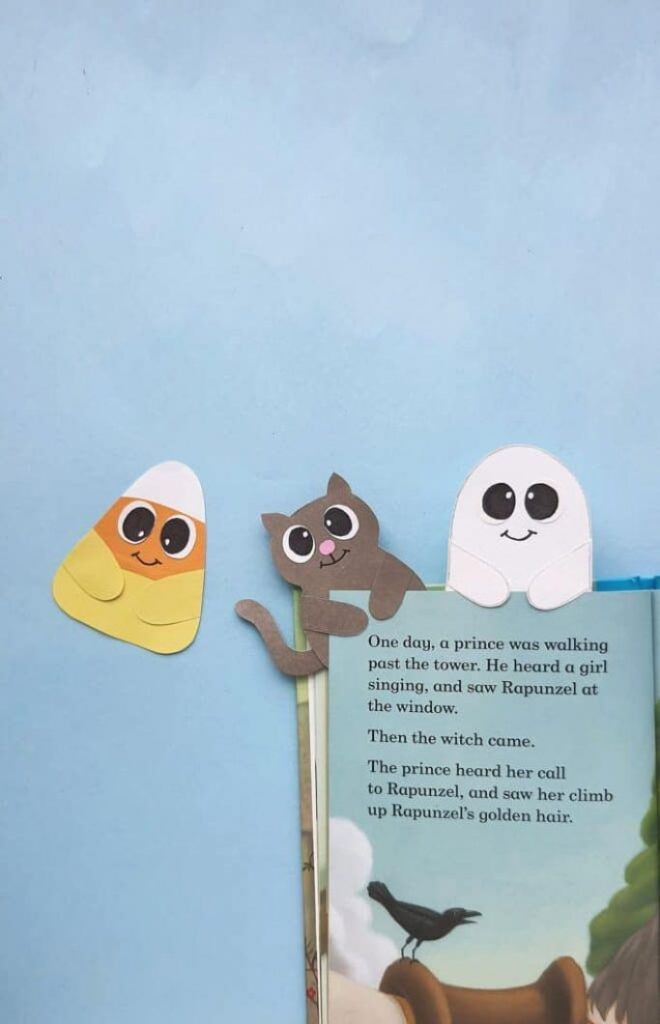 halloween bookmarks from big family blessings