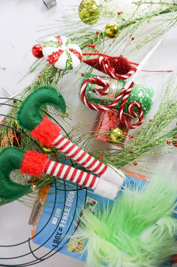 materials for grinch wreath