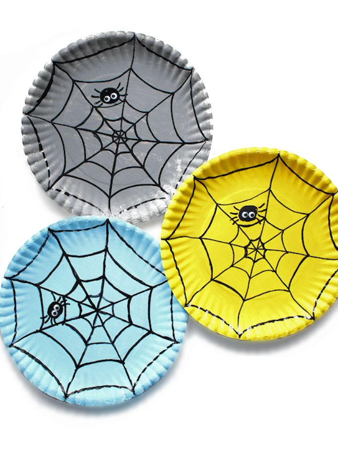 paper plate spider web craft by Our Kid Things
