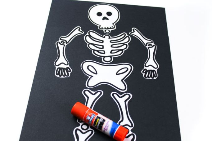 cut and paste skeleton craft by simple everyday mom